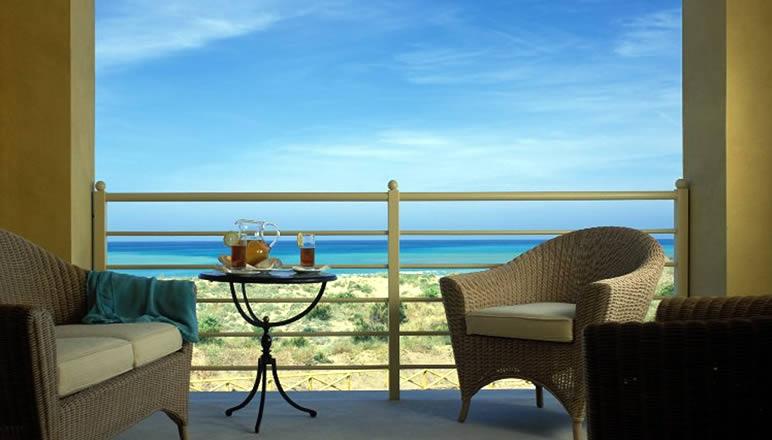 camera-con-terrazza-sul-mare