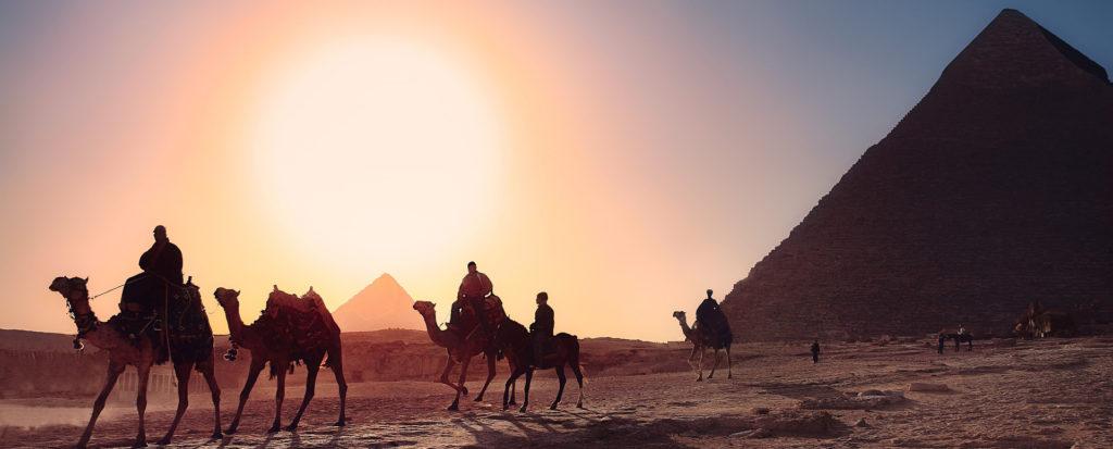 piramidi egitto viaggio rosa mura